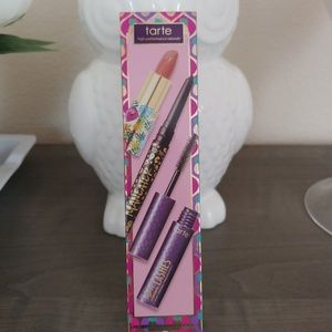 NWT Tarte Full Face of Fab Set